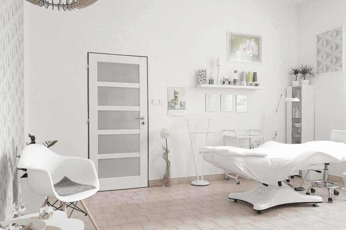 Kosmetické studio Lucie, Josef Trakal